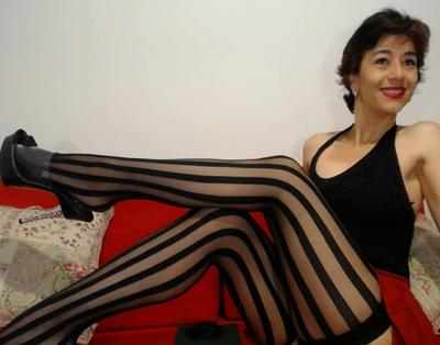 Isabellahh, 44 – Live Adult cam-girls and Sex Chat on Livex-cams